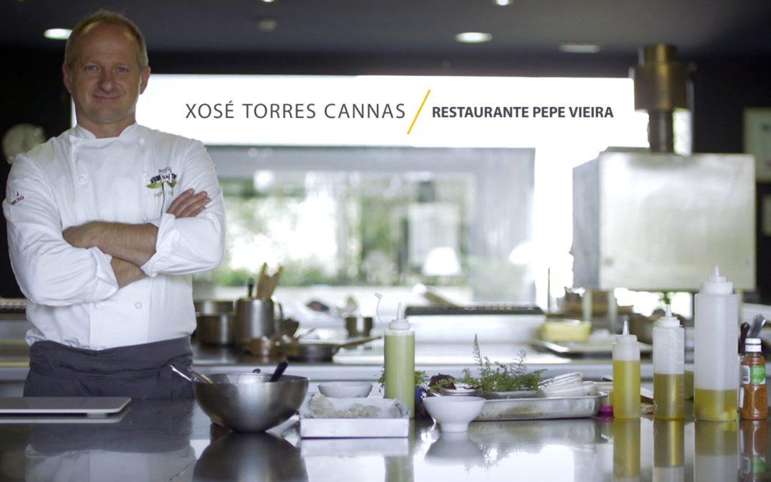 Kokotxas y guiso de tripas de bacalao con su piel crujiente, por Xosé Torres Cannas