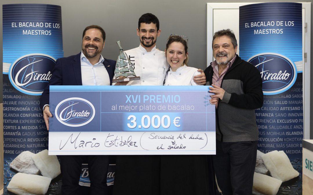 Mario Estibalez, de CETT – UB de Barcelona, ganador de la XVI edición del Premio Giraldo al mejor plato de bacalao del país